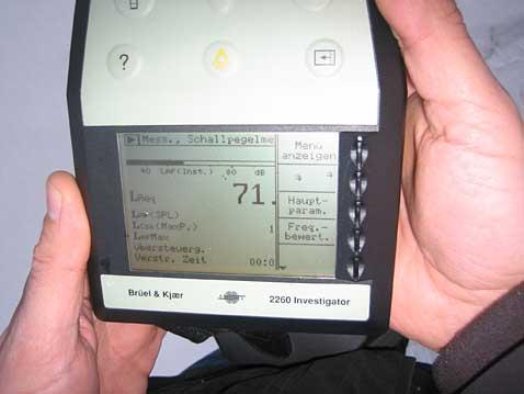 Lärm-Messung / Miniaturmodell des Bernrieder Kraftwerks in Landau